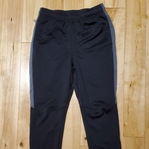 All in Motion Boys Black & Gray Athletic Pants (M)